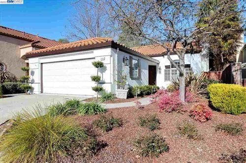 Photo of 2130 Goldenrod Ln, SAN RAMON, CA 94582 (MLS # 40940320)