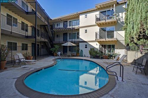 Photo of 1743 Carmel Dr #9, WALNUT CREEK, CA 94596 (MLS # 40967322)