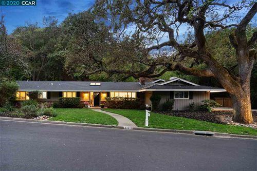 Photo of 513 Silverado Dr, LAFAYETTE, CA 94549 (MLS # 40919324)