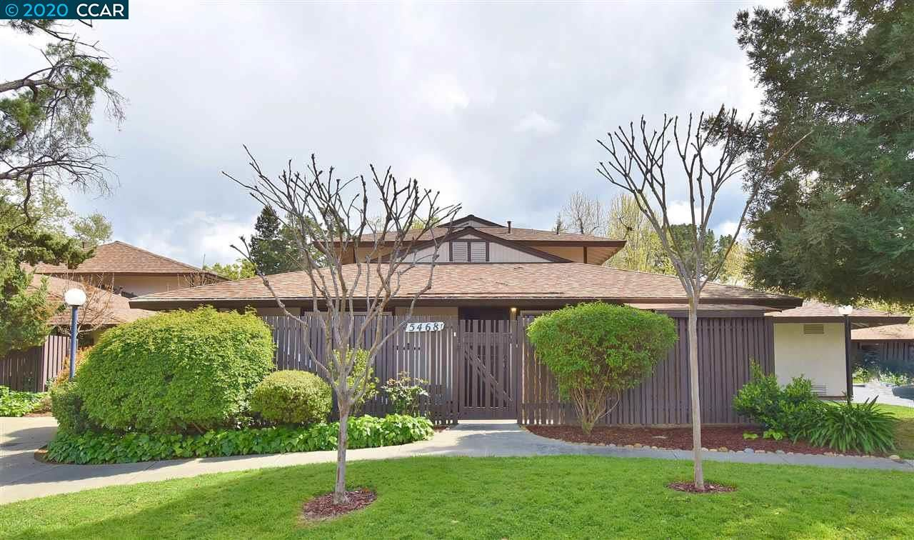 Photo of 5468 Roundtree Place #T, CONCORD, CA 94521 (MLS # 40900327)