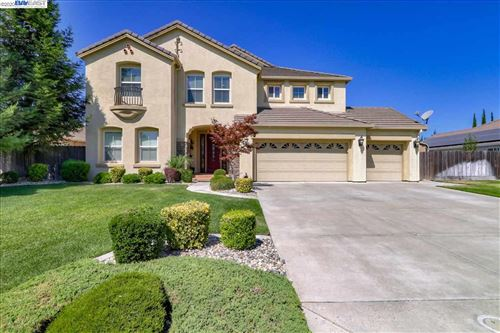 Photo of 2053 Pillsbury Rd, MANTECA, CA 95337 (MLS # 40915329)