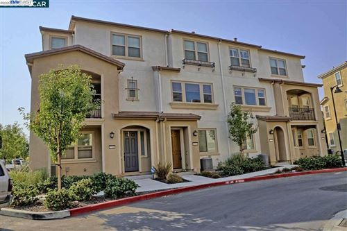Photo of 2757 Ferrara Cir, SAN JOSE, CA 95111 (MLS # 40922329)