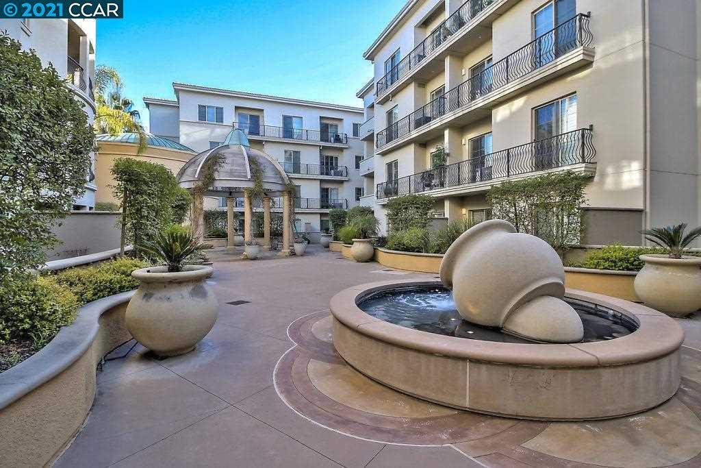 Photo of 1315 Alma Ave #253, WALNUT CREEK, CA 94596 (MLS # 40949329)