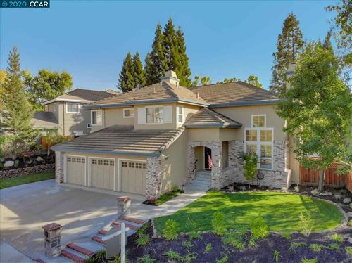 Photo of 668 Dunhill Dr, DANVILLE, CA 94506 (MLS # 40925330)
