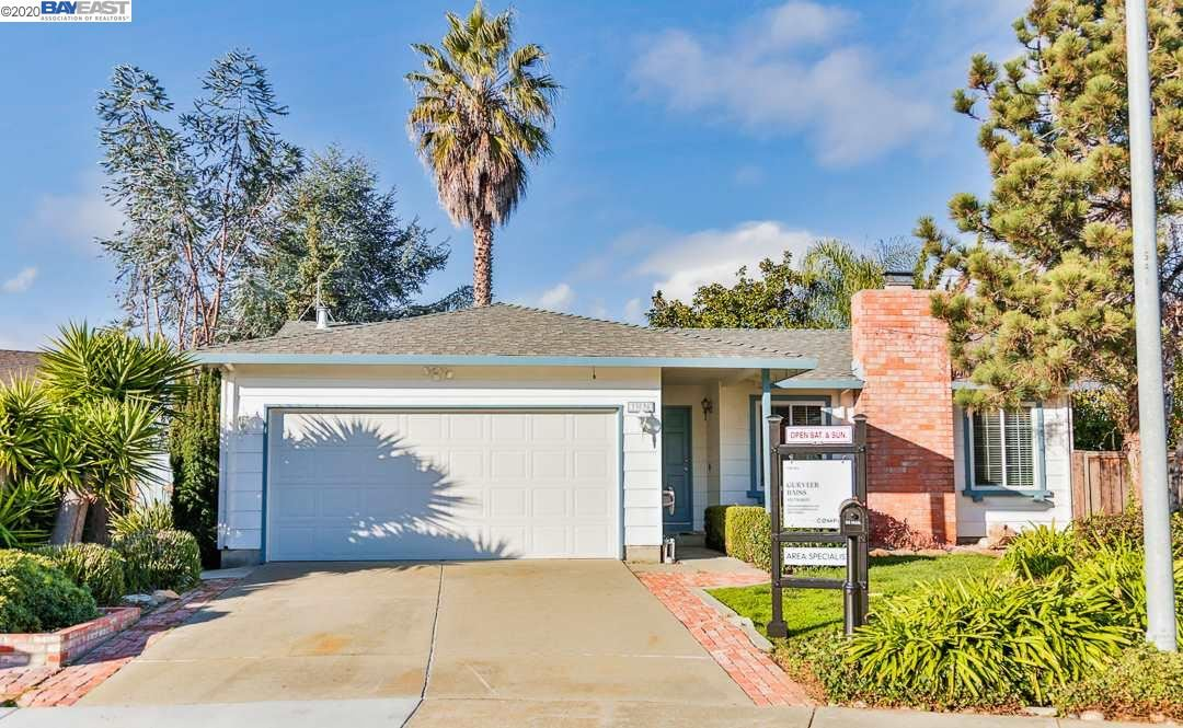 Photo for 33038 Marsh Hawk Court, UNION CITY, CA 94587-3147 (MLS # 40892330)