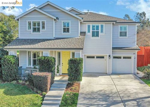 Photo of 960 Capitola Dr, NAPA, CA 94559 (MLS # 40935331)
