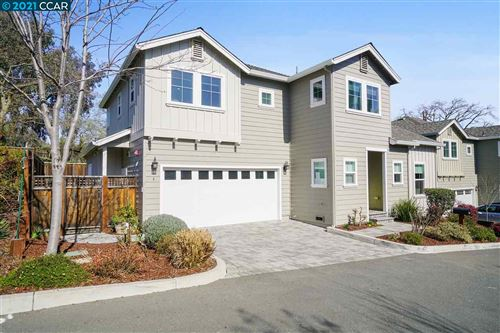 Photo of 34 Crowley Pl, WALNUT CREEK, CA 94597 (MLS # 40940333)