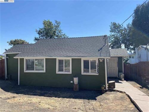 Photo of 16580 Liberty St, SAN LEANDRO, CA 94578 (MLS # 40960335)