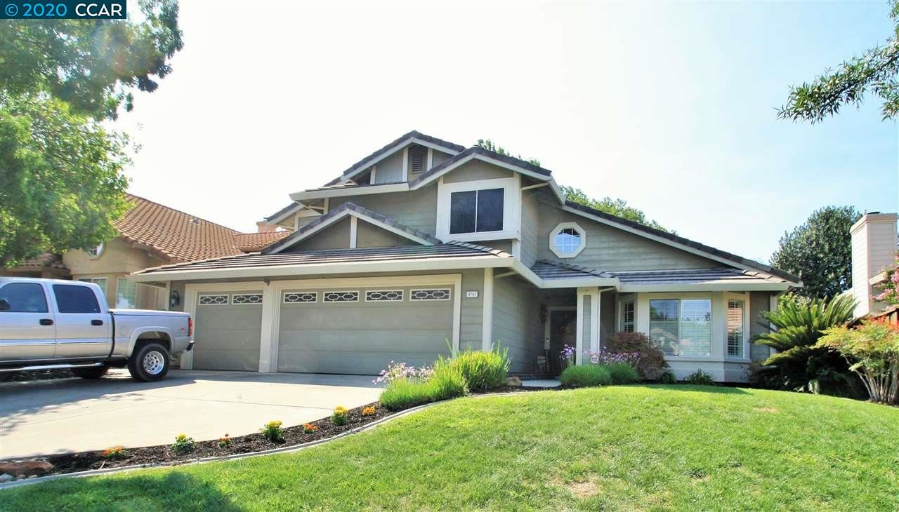 Photo of 4742 Cache Peak Dr, ANTIOCH, CA 94531 (MLS # 40921336)
