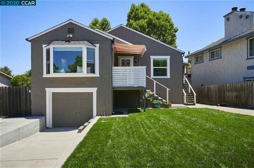 Photo of 745 Wyoming St, MARTINEZ, CA 94553 (MLS # 40912337)