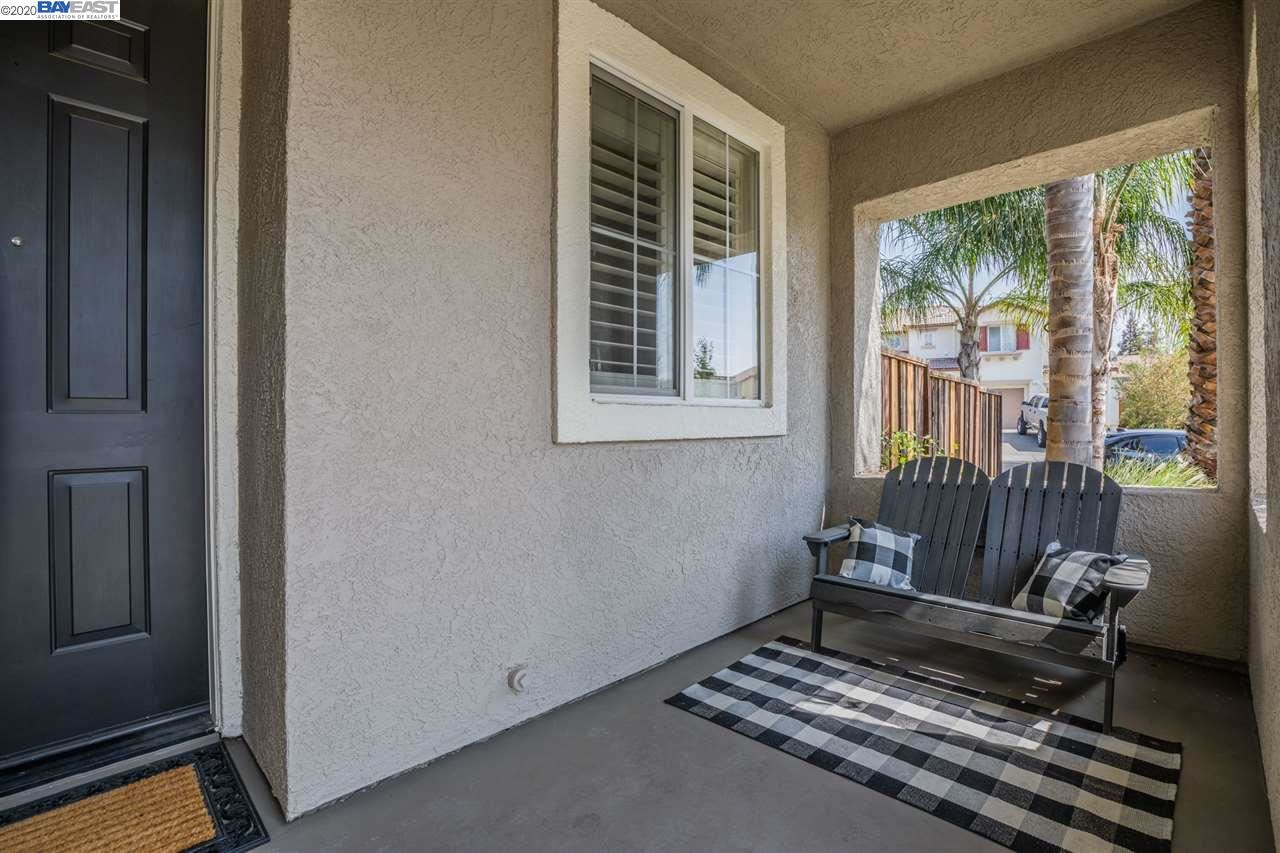 Photo of 1411 Solana Dr, BRENTWOOD, CA 94513 (MLS # 40921337)