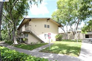 Photo of 2920 E Estates Ave #1, PINOLE, CA 94564 (MLS # 40866338)