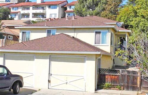 Photo of 22044 Rockford Rd, HAYWARD, CA 94541 (MLS # 40934338)