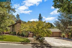 Photo of 11 Green Valley Drive, LAFAYETTE, CA 94549 (MLS # 40874339)