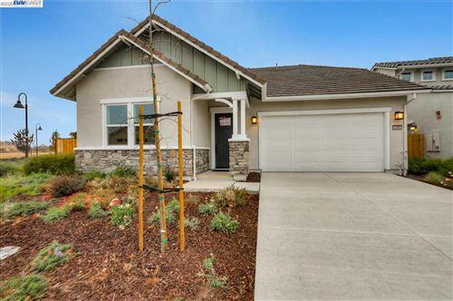 Photo of 5360 Ramona Valley Lane, ANTIOCH, CA 94531 (MLS # 40929339)