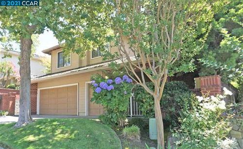 Photo of 903 Redwood Dr, DANVILLE, CA 94506 (MLS # 40960339)
