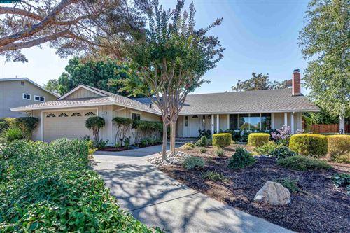 Photo of 1463 Walnut Ave, Walnut Creek, CA 94598 (MLS # 40967340)
