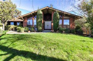 Photo of 410 Alisal Ct, DANVILLE, CA 94526 (MLS # 40854343)