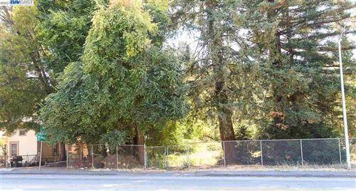 Photo of 4898 Appian Way, EL SOBRANTE, CA 94803 (MLS # 40939343)