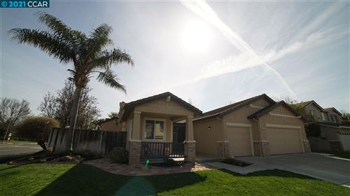 Photo of 810 Walker Court, BRENTWOOD, CA 94513 (MLS # 40940343)