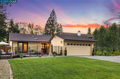 Photo of 579 Morninghome Rd, DANVILLE, CA 94526 (MLS # 40945343)