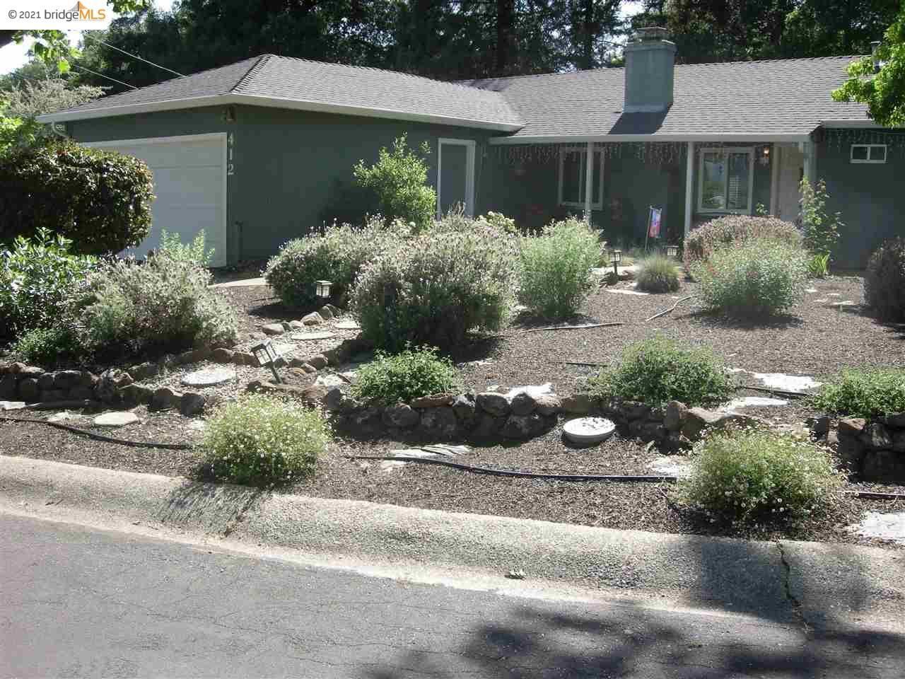 Photo of 412 LENOX COURT, PLEASANT HILL, CA 94523 (MLS # 40949343)