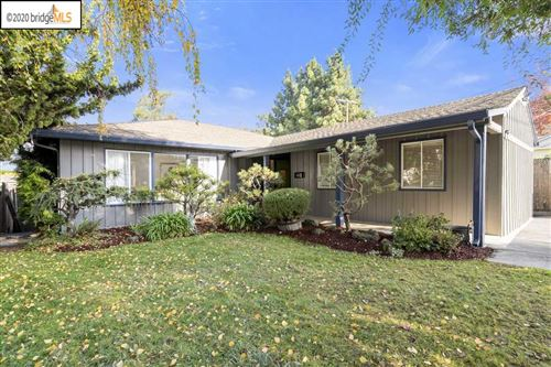 Photo of 1668 East Avenue, HAYWARD, CA 94541 (MLS # 40930347)
