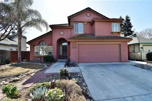 Photo of 1470 Renown Dr, TRACY, CA 95376 (MLS # 40940348)
