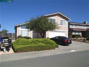 Photo of 121 Cardinal Way, HERCULES, CA 94547 (MLS # 40843349)