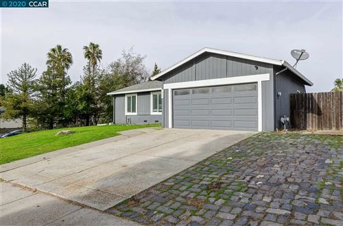 Photo of 1537 Kingsly Dr, PITTSBURG, CA 94565 (MLS # 40892349)