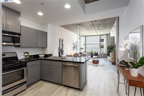Photo of 311 2nd St #509, OAKLAND, CA 94607 (MLS # 40907349)