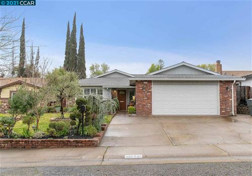 Photo of 6745 Leatherwood Way, SACRAMENTO, CA 95842-1957 (MLS # 40939350)
