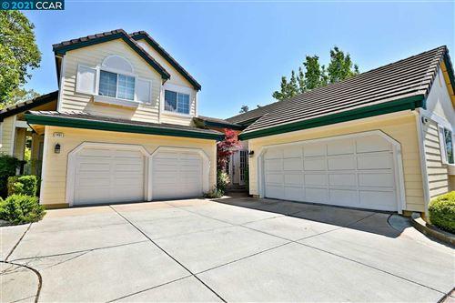 Photo of 1403 Indianhead Way, CLAYTON, CA 94517 (MLS # 40948350)
