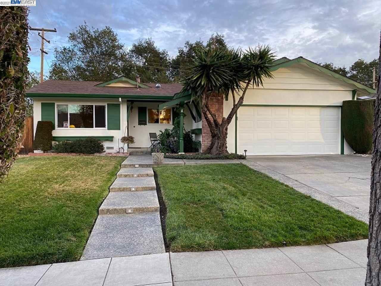 Photo for 1194 Arlington Lane, SAN JOSE, CA 95129-3740 (MLS # 40935350)