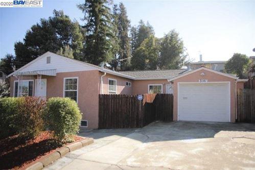 Photo of 3141 Keith Ave, CASTRO VALLEY, CA 94546 (MLS # 40909351)