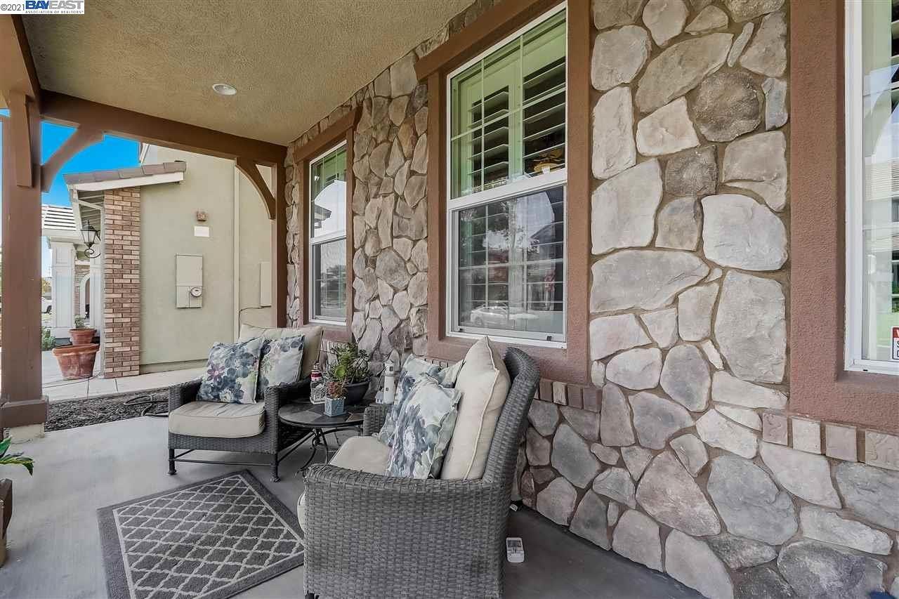Photo of 8521 Pinehollow Circle, DISCOVERY BAY, CA 94505 (MLS # 40960351)