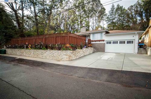 Photo of 11033 Monan St, OAKLAND, CA 94605 (MLS # 40930352)