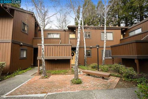Photo of 8134 Camelback Pl, PLEASANT HILL, CA 94523 (MLS # 40934353)