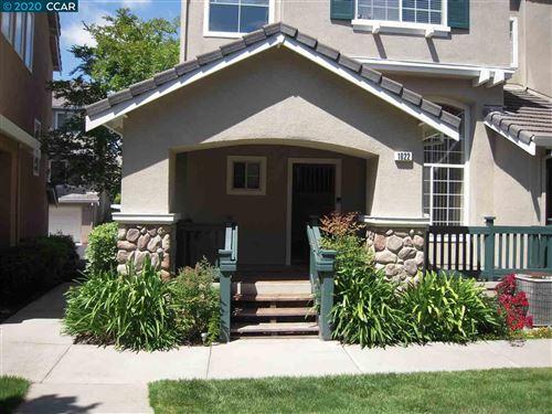 Photo of 1022 Phoenix Street, DANVILLE, CA 94507 (MLS # 40910355)