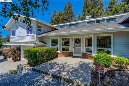 Photo of 17442 Almond Rd, CASTRO VALLEY, CA 94546 (MLS # 40954355)