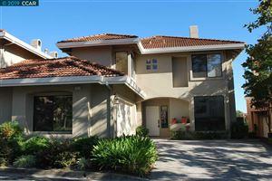 Photo of 772 lakemont #8, SAN RAMON, CA 94582 (MLS # 40882357)