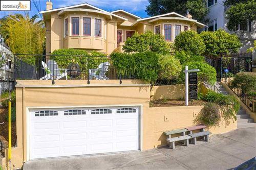 Photo of 112 -114 Monte Cresta Ave #114, OAKLAND, CA 94611 (MLS # 40908357)