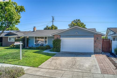 Photo of 930 Rockdale Dr, SAN JOSE, CA 95129 (MLS # 40968357)