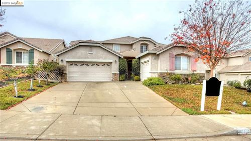 Photo of 1838 Buck Mountain Ct, ANTIOCH, CA 94531 (MLS # 40890359)