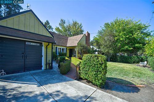 Photo of 1067 W Holly Dr, Walnut Creek, CA 94598 (MLS # 40970359)