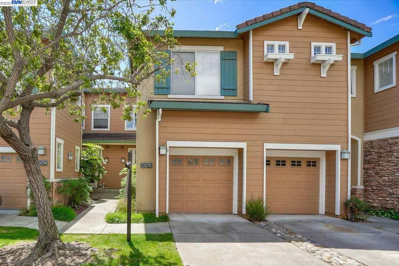 Photo for 23278 Canyon Terrace Dr, CASTRO VALLEY, CA 94552 (MLS # 40906360)