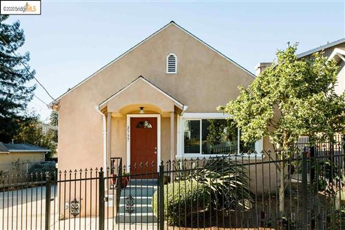 Photo of 2737 Garden St, OAKLAND, CA 94601 (MLS # 40930361)