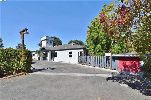 Photo of 1596 E Street, HAYWARD, CA 94541 (MLS # 40968362)