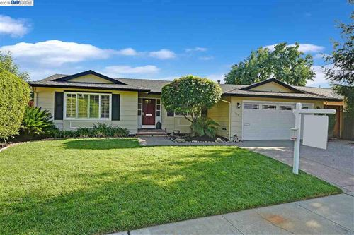 Photo of 7414 Hillview Ct, PLEASANTON, CA 94588 (MLS # 40885364)