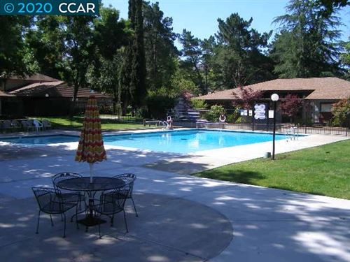 Tiny photo for 5454 ROUNDTREE PL #D, CONCORD, CA 94521-3950 (MLS # 40900366)